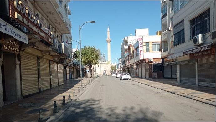 17 günlük tam kapanmanın ilk günü: Urfa sokaklarında 485 saatlik sessizlik