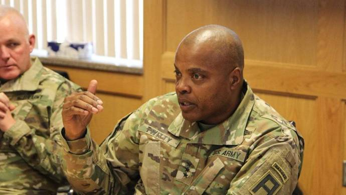 ABD'li komutanlar Ankara'dan sonra Akçakale'ye geliyor