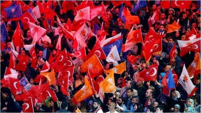AK Parti 'de 79 Belediye Başkanı Üç Döneme Takılıyor