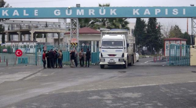 Akçakale Gümrük Kapısı'nda 770 paket ele geçrildi