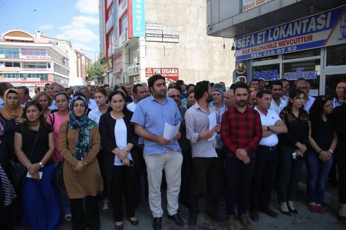Antep Katliamı Kürdistan ve Türkiye'nin her yerinde lanetleniyor