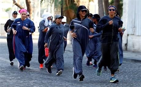 Arabistan'da Kadınlar Günü koşusu