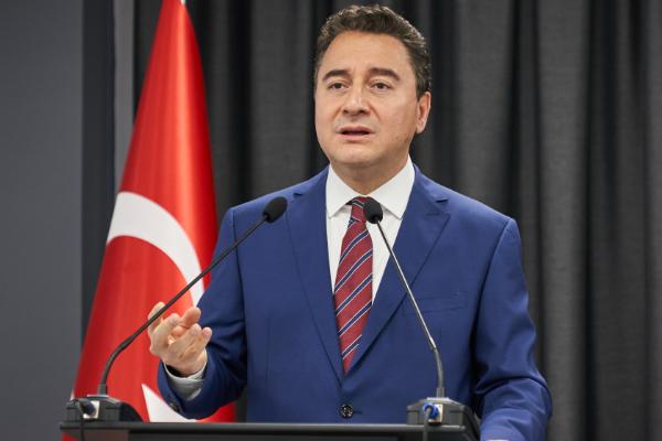 """Babacan: """"Elektrik faturası el yakıyor"""""""
