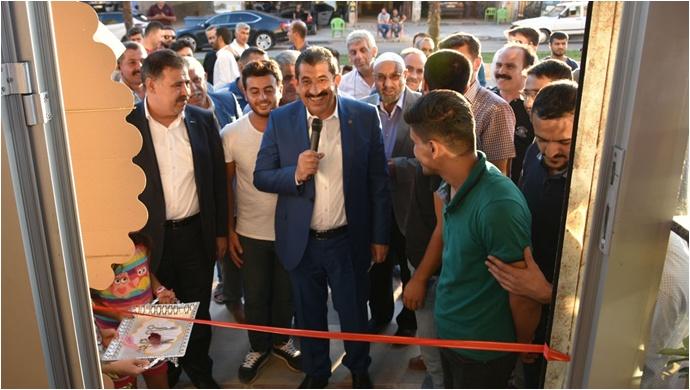 Başkan Atilla, İşyeri Açılışı Yaptı
