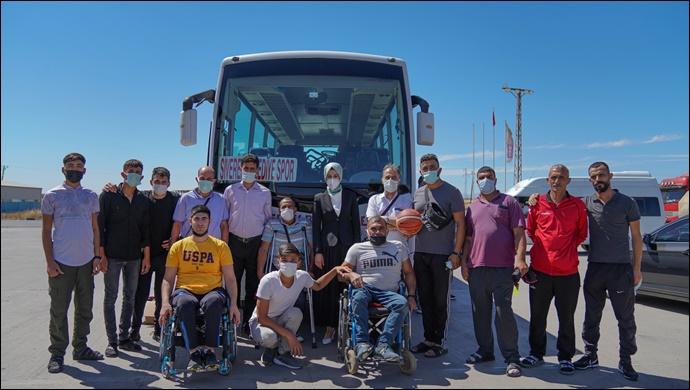 Başkan Ayşe Çakmak, bedensel engelli sporcuları ziyaret etti