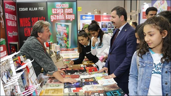 Başkan Baydilli'den Kitap Fuarına Ziyaret-(Videolu)