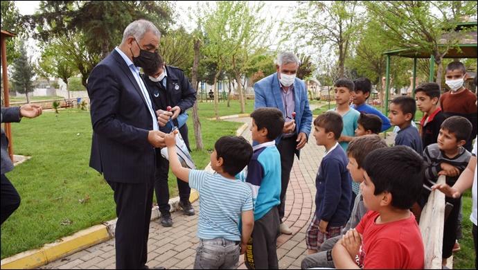 Başkan Bayık, küçük dostlarıyla buluştu