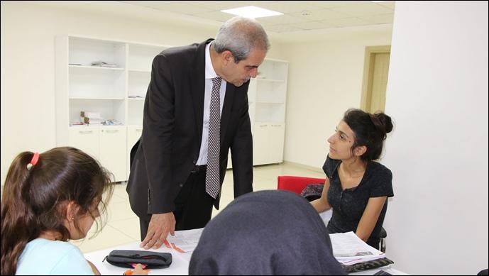 Başkan Demirkol, Haliliye'de Eğitim 365 Gün Devam Ediyor