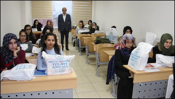 Başkan Demirkol'dan Öğrencilere Eğitim Desteği (VİDEOLU)