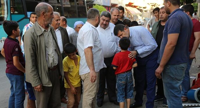 Başkan ekinci vatandaşlarla bir araya gelmeye devam ediyor.