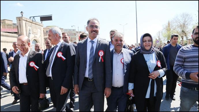 Başkan Kuş 11 Nisan Etkinliğinde Vatandaşlarla Buluştu.