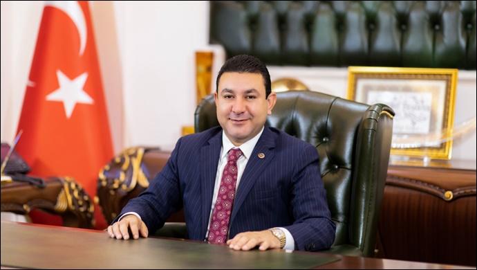 Başkan Özyavuz'dan Babalar Günü Mesajı