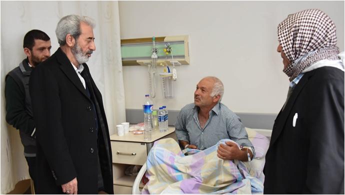 Belediye Başkanı Şeyhmus Aydın hastaları ziyaret etti
