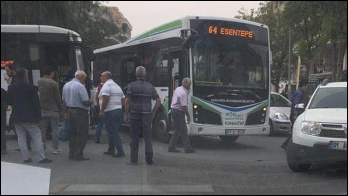 Belediye Otobüsleri Çarpıştı!