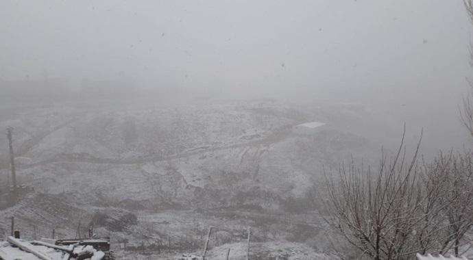 Bölge kentlerinde kar yağışı etkili oluyor