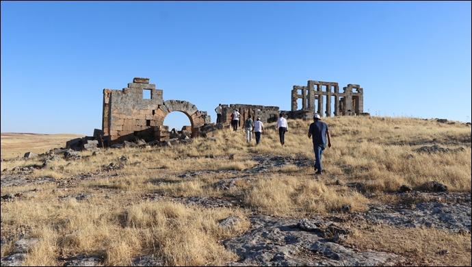 Büyükşehir Belediyesi, Şanlıurfa'nın Turizm Rotasını Oluşturuyor