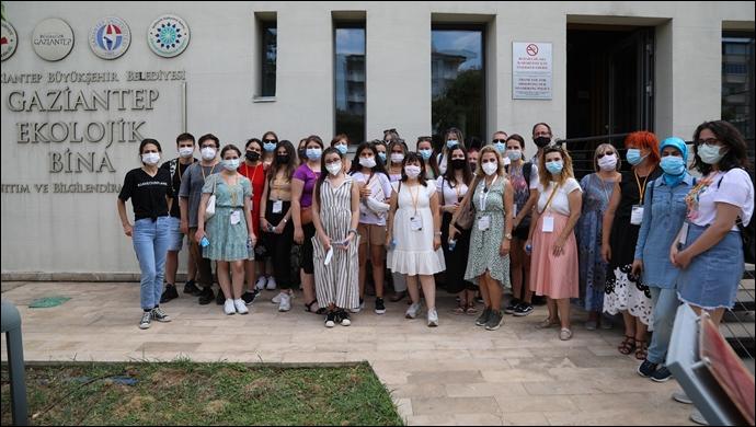 """Büyükşehir'den Erasmus Öğrencilerine """"İklim Değişikliği"""" Konulu Seminer Ve Atölye Çalışması!"""