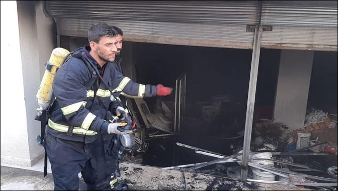 Ceylanpınar'da depo yangını: İtfaiye Müdahale etti-(VİDEO)