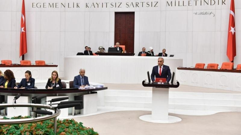CHP'li Vekil Aydınlık, Bakan Murat Kurum'u hedef aldı