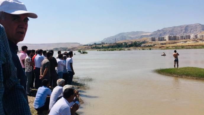 Cizre'de Dicle Nehri'ne giren genç suya kapılarak kayboldu