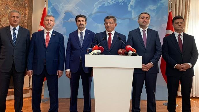 Davutoğlu'nun partisinin Kurucular Kurulu listesine ulaşıldı