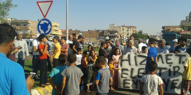DEDAŞ'ı Selçuklular protesto etti