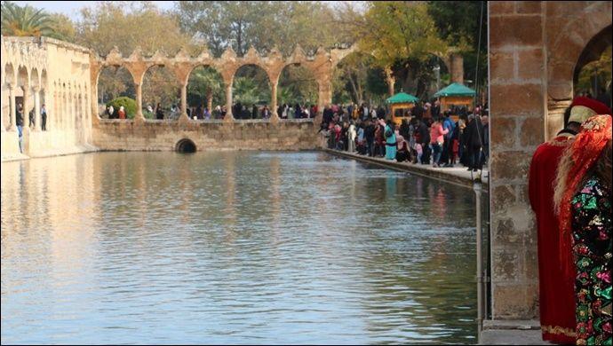 Düşük Koronavirüs riski Şanlıurfa Turizmini olumlu etkiliyor