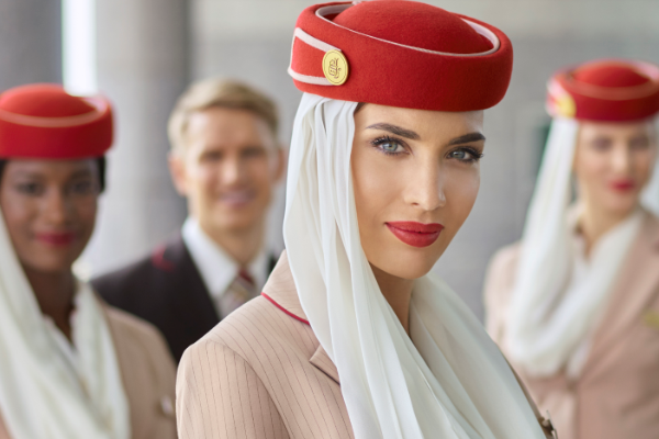 Emirates, önümüzdeki altı ayda 6 bin operasyon personeli işe alacak