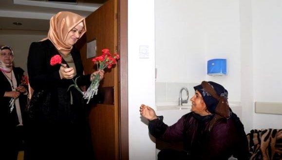 Eyyübiye Belediyesi'nden Anlamlı 'Anneler Günü' Etkinliği