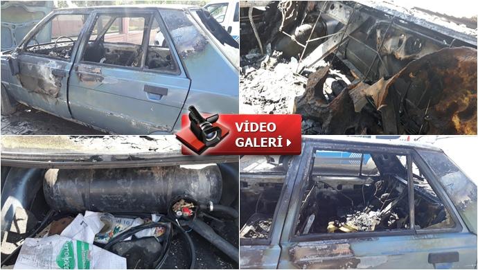 Eyyübiye'de 2 araç kundaklandı