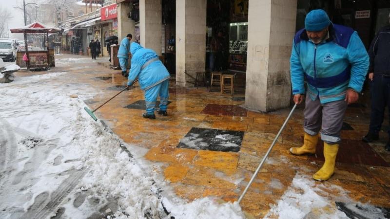Eyyübiye'de Kar Nöbeti Devam Ediyor (VİDEO)