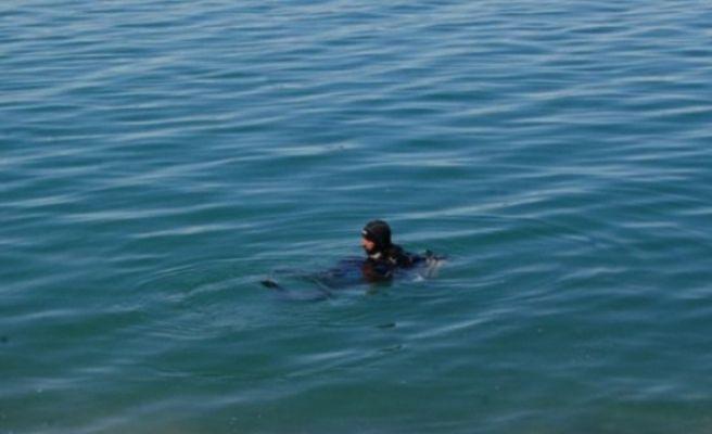 Fırat nehrine düşen kızını kurtarmaya çalışırken boğuldu