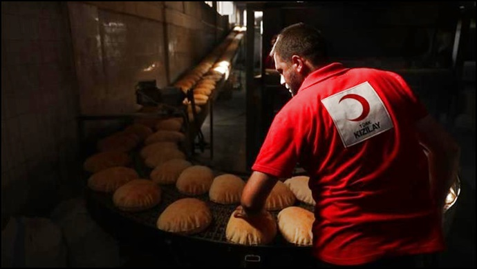 Günlük 18 Bin Ekmek Sınır Ötesindeki İhtiyaç Sahiplerine Ulaştırılıyor