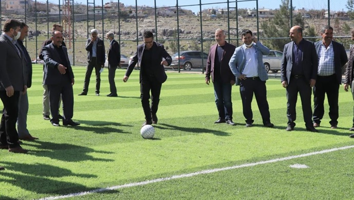 Halfeti'de Bir Çim Saha Daha Açıldı