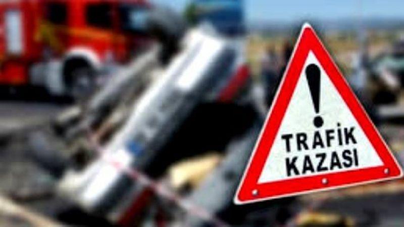 Halfeti'de motosiklet devrildi: 2 kişi yaralandı