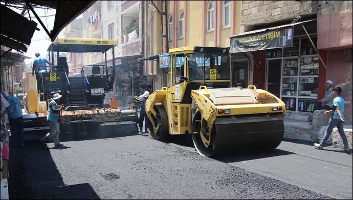 Haliliye Belediyesi asfalt çalışmalarını kararlılıkla sürdürüyor-(VİDEO)