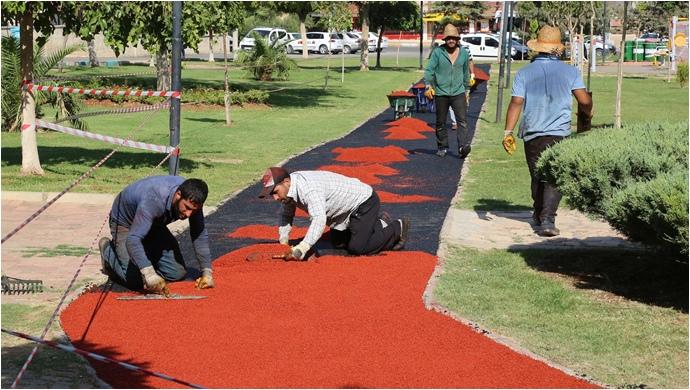 Haliliye Belediyesi, Parklara Spor Alanları Yapıyor