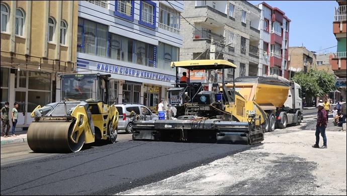 Haliliye Belediyesi, asfalt atağını bağlarbaşı'nda sürdürüyor-(VİDEO)