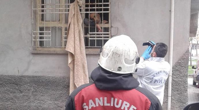 Haliliye'de intihar vakası! Pencereye kendisini astı