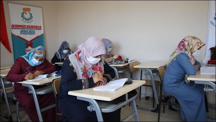 """Haliliye'de """"Kırmızı Kurdele"""" projesi eğitimleri devam ediyor-(VİDEO)"""