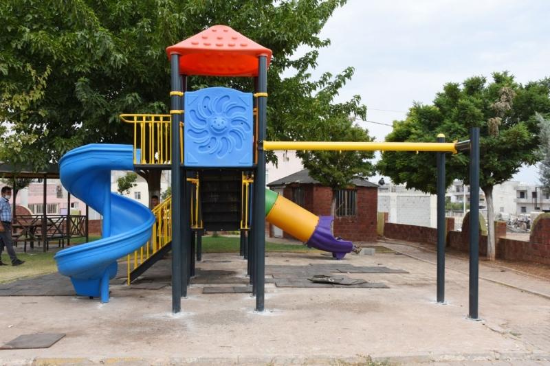 Hilvan Belediyesi çocuklar için yeni oyun grupları kurdu