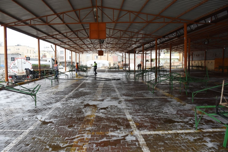 Hilvan Semt Pazarlarında dezenfekte çalışmaları