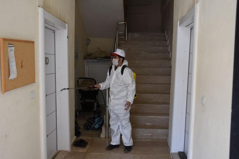 Hilvan'da Ev Ve İş yerleri Dezenfekte Edildi