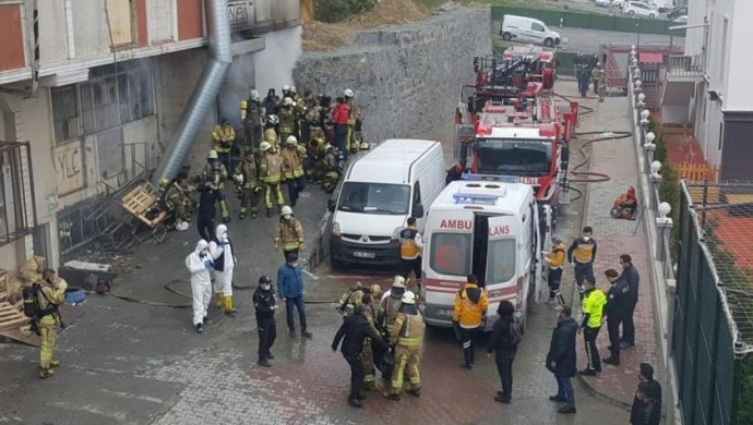Hırdavat deposunda yangın: 4 işçi yaşamını yitirdi