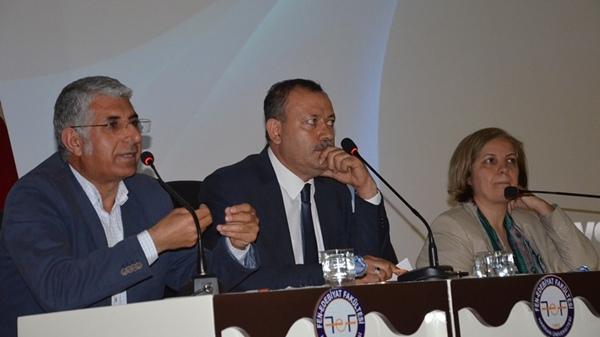 HRÜ'de Türkiye'deki Suriyelilerin Entegrasyonu Ele Alındı