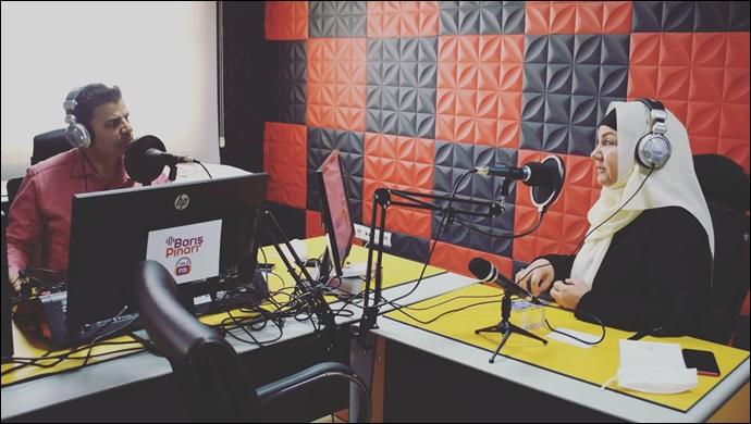 İkbal Gürpınar Barışpınarı FM'e Konuk Oldu