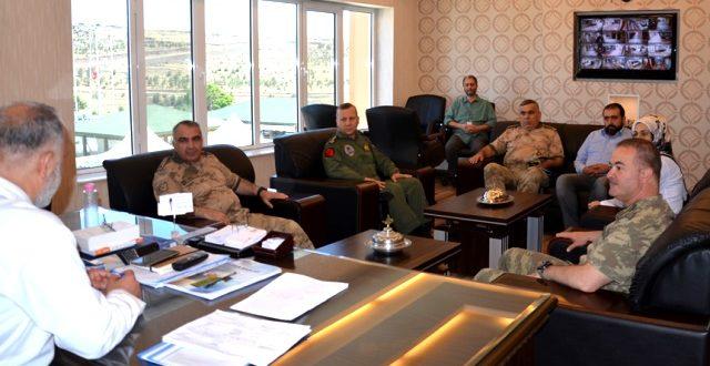 Jandarma Bölge Komutanı Yaralı Askerleri Ziyaret Etti