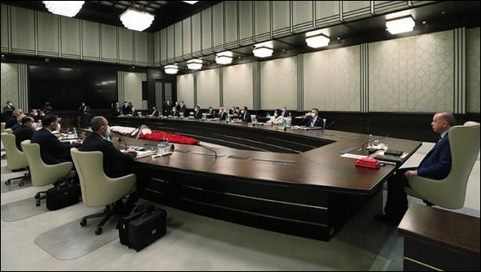 Kabine toplantısından tam kapanma kararı mı çıkacak? İki yetkili olası senaryoları paylaştı