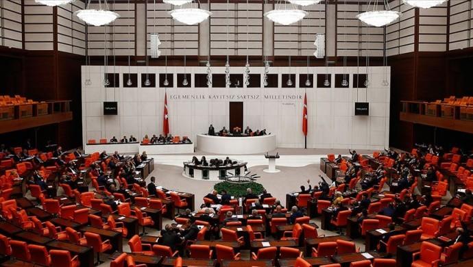 Kadın cinayetleri için Meclis'te araştırma komisyonu talebi