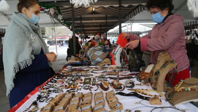 Kadınların el emeği pazarda: Az da olsa nefes oldu